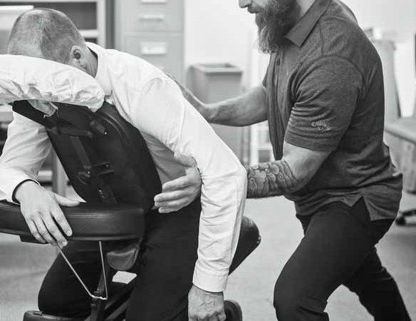 Massage en entreprise : Tout savoir sur le massage sur le lieu de travail